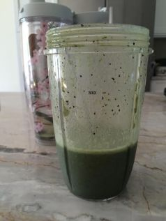 Spinach and berry protein shake
