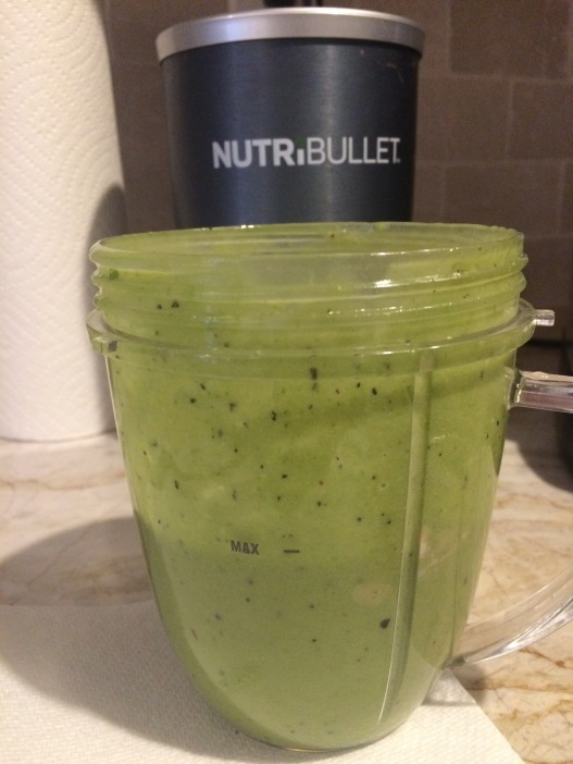 Creamy Spinach Avocado Smoothie